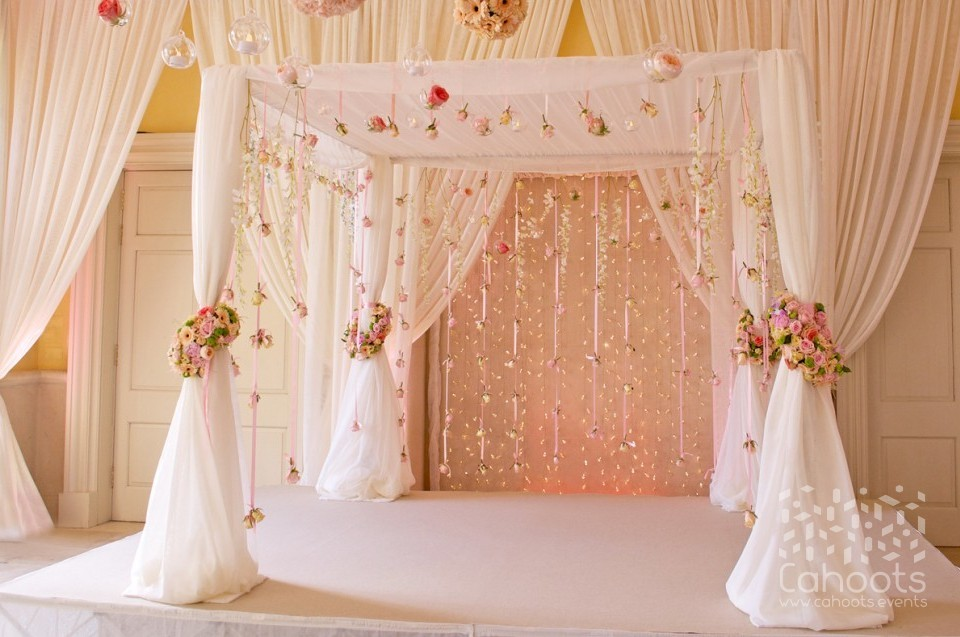 Cahoots Wedding Decoration And Prop Hire Drapes Decoration